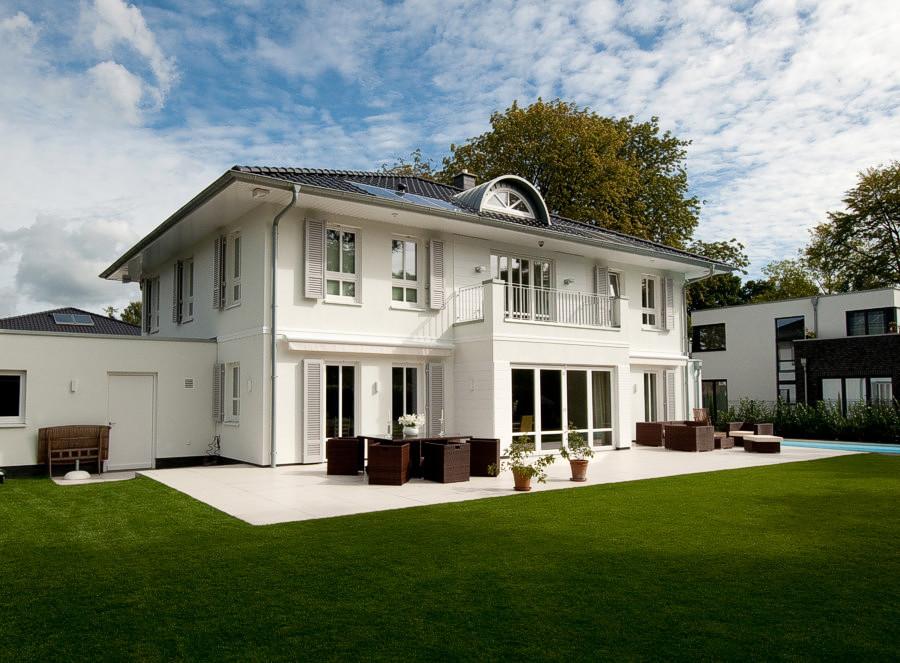 Hausserie exklusiv arge haus hausbau nordrhein westfalen for Haus bauen katalog